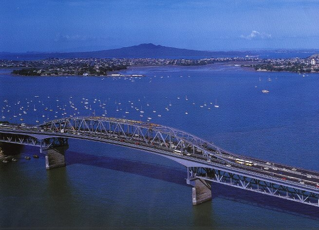 Aerial shot Auckland Bridge